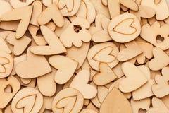 Ξύλινο αφηρημένο υπόβαθρο μορφής καρδιών για την αγάπη και ειδύλλιο συμπυκνωμένο Στοκ φωτογραφία με δικαίωμα ελεύθερης χρήσης