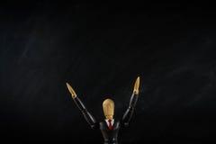 Ξύλινο επιχειρησιακό άτομο αριθμού, μαύρος επίγειος μαύρος ευρύς Στοκ Εικόνα