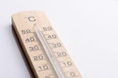 Ξύλινο θερμόμετρο Στοκ Φωτογραφίες