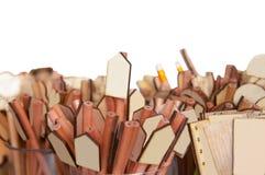Ξύλινο μολύβι με το κενό πιάτο, χρήση για την επιχείρηση (με το ψαλίδισμα της πορείας) Στοκ εικόνες με δικαίωμα ελεύθερης χρήσης