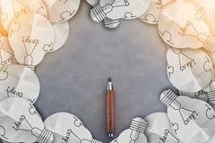 Ξύλινο μολύβι με το πλαίσιο ιδεών βολβών με το διάστημα αντιγράφων Στοκ Εικόνες