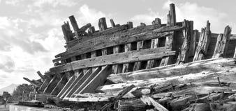 Ξύλινο ναυάγιο που στηρίζεται σε ένα πάρκο Arrecife, Lanzarote, Ισπανία Στοκ Εικόνα