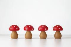 Ξύλινο παιχνίδι μανιταριών Στοκ Φωτογραφία