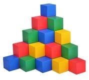 Ξύλινο παιχνίδι οικοδόμησης κάστρων κύβων παιχνιδιών Στοκ φωτογραφία με δικαίωμα ελεύθερης χρήσης