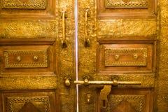Ξύλινο παλαιό εκλεκτής ποιότητας υπόβαθρο πορτών Στοκ Εικόνες