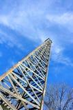 Ξύλινο πετρέλαιο Derrick Στοκ φωτογραφία με δικαίωμα ελεύθερης χρήσης