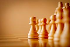 Ξύλινο πιόνι σε ένα παιχνίδι σκακιού Στοκ φωτογραφίες με δικαίωμα ελεύθερης χρήσης