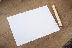 ξύλινο σας εγγράφου μηνυμάτων ανασκόπησης στοκ φωτογραφία με δικαίωμα ελεύθερης χρήσης
