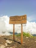 Ξύλινο σημάδι Picchu Machu mountaintop Στοκ φωτογραφίες με δικαίωμα ελεύθερης χρήσης