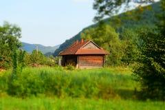 Ξύλινο σπίτι από το δάσος Στοκ φωτογραφία με δικαίωμα ελεύθερης χρήσης