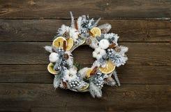 Ξύλινο στεφάνι Χριστουγέννων Καλό διάστημα αντιγράφων Στοκ Εικόνες