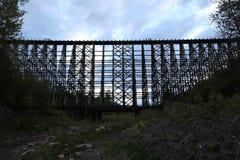 Ξύλινο τρίποδο τραίνων Στοκ Εικόνες