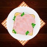 Ξύλινο υπόβαθρο σάντουιτς μαϊντανού ζαμπόν πιάτων Στοκ φωτογραφία με δικαίωμα ελεύθερης χρήσης