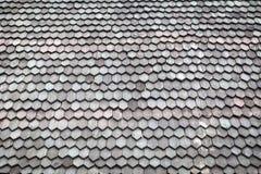 Ξύλινο υπόβαθρο στεγών βοτσάλων Στοκ Εικόνες