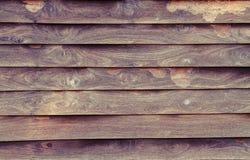 Ξύλινο υλικό υπόβαθρο που υποβάλλεται σε επεξεργασία στο εκλεκτής ποιότητας ύφος Στοκ Εικόνες