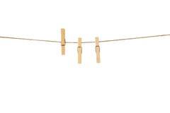 Ξύλινο Clothespins με το σχοινί Στοκ εικόνες με δικαίωμα ελεύθερης χρήσης