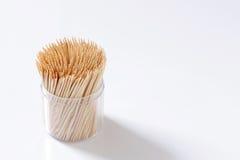 Ξύλο Οδοντογλυφίδες σε ένα κιβώτιο Στοκ φωτογραφία με δικαίωμα ελεύθερης χρήσης