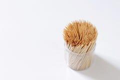 Ξύλο Οδοντογλυφίδες σε ένα κιβώτιο Στοκ Φωτογραφίες