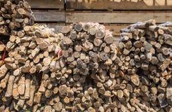 ξύλο φωτογραφικών διαφανειών στην αποθήκη εμπορευμάτων Στοκ φωτογραφία με δικαίωμα ελεύθερης χρήσης