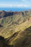 Ογκώδεις απότομοι βράχοι Tenerife Στοκ Εικόνες