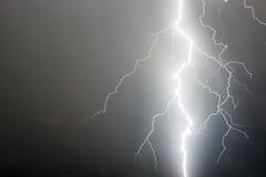 Ογκώδης αστραπή Στοκ φωτογραφία με δικαίωμα ελεύθερης χρήσης