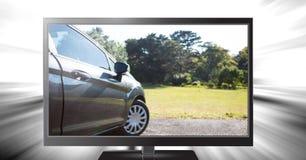 οδήγηση αυτοκινήτων στην τηλεόραση Στοκ εικόνα με δικαίωμα ελεύθερης χρήσης
