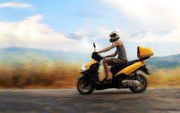 οδήγηση μοτοσικλετών Στοκ Εικόνα
