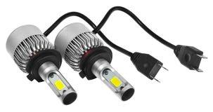 Οδηγημένοι φως βολβοί για τους λαμπτήρες αυτοκινήτων Αυτοκίνητο που οδηγείται για τα δαχτυλίδια και τον άγγελο φωτοστεφάνου Στοκ Εικόνες