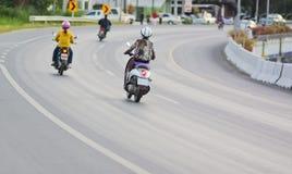 οδηγός καμπυλών ο δρόμος &m Στοκ Φωτογραφία