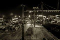 Οδησσός, Ουκρανία, τσίρκο 2012: Εμπορικός λιμένας φορτίου θάλασσας τη νύχτα στοκ φωτογραφία με δικαίωμα ελεύθερης χρήσης