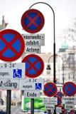 οδικά σημάδια Στοκ εικόνες με δικαίωμα ελεύθερης χρήσης