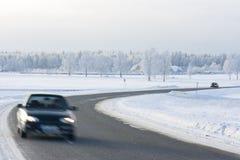 οδικός χειμώνας αυτοκι&nu Στοκ Εικόνες