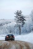 οδικός χειμώνας αυτοκι&nu Στοκ Εικόνα