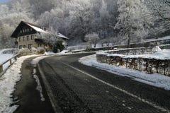 οδικός χειμώνας βουνών Στοκ Εικόνες