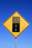 οδικό σημάδι αμμοχάλικο&upsilon στοκ φωτογραφίες με δικαίωμα ελεύθερης χρήσης