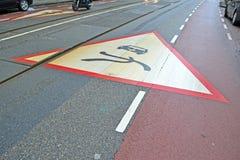 Οδικό σημάδι ασφάλειας προειδοποίησης τριγώνων, μεταφορά ασφάλειας, Στοκ Φωτογραφία