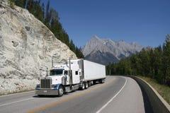 οδικό truck στοκ εικόνα με δικαίωμα ελεύθερης χρήσης