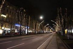 Οδοί νύχτας του χειμώνα Βιέννη στοκ φωτογραφίες