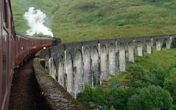 Οδογέφυρα Glenfinnan και τραίνο ατμού Στοκ εικόνα με δικαίωμα ελεύθερης χρήσης