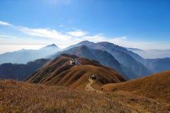 Οδοιπορία βουνών Wugong στοκ φωτογραφίες με δικαίωμα ελεύθερης χρήσης