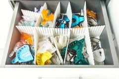 Οδοντικοί δίσκοι για τις σφραγίδες στην οδοντική κλινική στοκ φωτογραφία