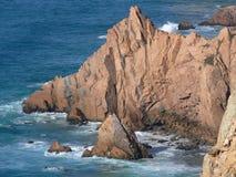 οδοντωτοί βράχοι Στοκ φωτογραφία με δικαίωμα ελεύθερης χρήσης