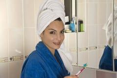 οδοντόβουρτσα στοκ φωτογραφίες με δικαίωμα ελεύθερης χρήσης