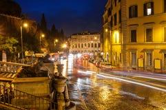 Οδός νύχτας στη Ρώμη στοκ εικόνες