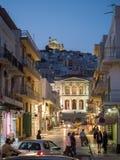 Οδός σε Syros αργά το απόγευμα Στοκ εικόνα με δικαίωμα ελεύθερης χρήσης