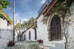 Οδός στην παλαιά πόλη berat στην Αλβανία Στοκ Εικόνες