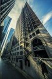 Οδός στο Σικάγο με το φως πρωινού στοκ εικόνα με δικαίωμα ελεύθερης χρήσης