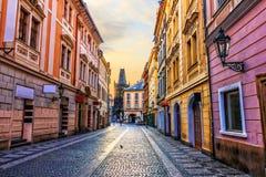 Οδός της Πράγας και η πύλη σκονών, κανένας άνθρωπος στοκ εικόνες με δικαίωμα ελεύθερης χρήσης