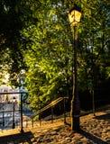 Οδός του Παρισιού στην ανατολή Στοκ εικόνα με δικαίωμα ελεύθερης χρήσης