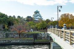 Οζάκα Castle το φθινόπωρο, Kansai, Ιαπωνία Στοκ εικόνα με δικαίωμα ελεύθερης χρήσης